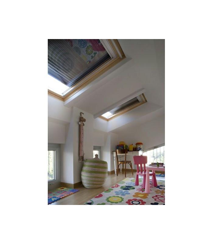 Tapparella elettrica integra sml per finestre velux for Montaggio velux
